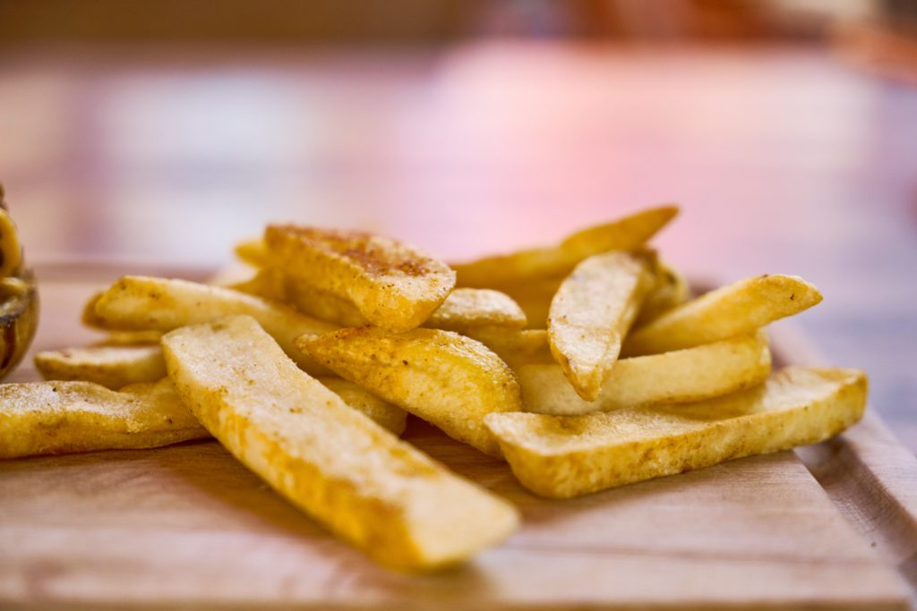 chips-delicious-fastfood-2271110